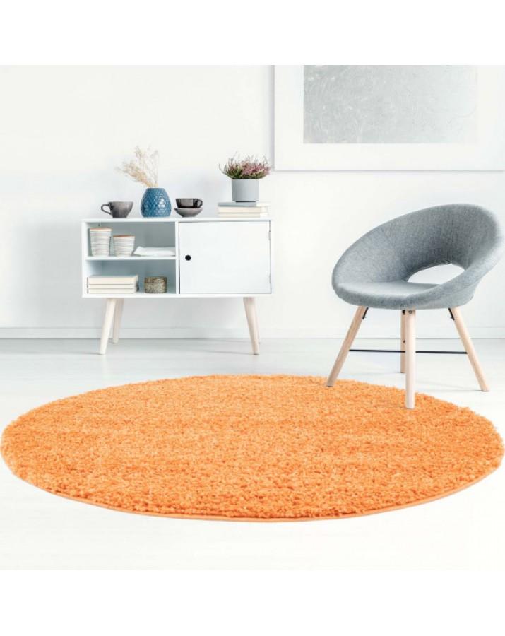 Švelnus oranžinis kilimas..